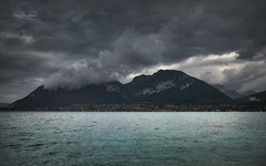 Sombre ambiance (cedric.chiodini) Tags: paysage landscape eau water lac lake ambiance 1dx canon