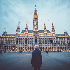 Vienna waits for you. (www.juliadavilalampe.com) Tags: vienna rathaus me selfportrait lights autumn otoño herbst europe home ayuntamiento building architecture style blue nostalgie