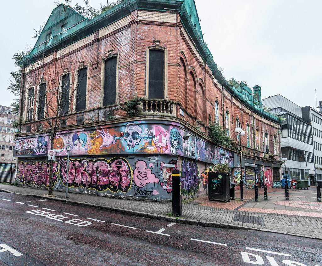EXAMPLES OF URBAN CULTURE IN BELFAST [STREET ART AND GRAFFITI]-132949