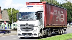 YJ16 WCB (Martin's Online Photography) Tags: mercedes actros mp4 truck wagon lorry vehicle freight haulage commercial transport xpologistics leigh greatermanchester nikon nikond7200