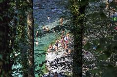 FRIULI SCONOSCIUTO.... (FRANCO600D) Tags: valdarzino pn torrente estate caldo bagnanti vitodasio pielungo cerdevolcurnila acqua rio bosco canon eos600d franco600d