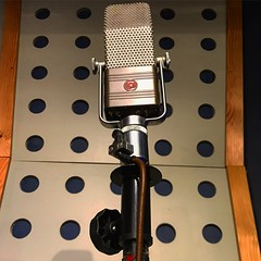 Vintage Vocals (Pennan_Brae) Tags: vocalist singer rca recording recordingsession recordingstudio singing music musicstudio musicphotography mic vintage vocals sing microphone