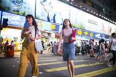 Summer night (人間觀察) Tags: leica m240p leicam leicamp f20 f2 hong kong street photography people candid city stranger mp m240 public space walking off finder road travelling trip travel 人 陌生人 街拍 asia girls girl woman 香港 wide open ms optics apoqualiag 28mm apoqualia optical night