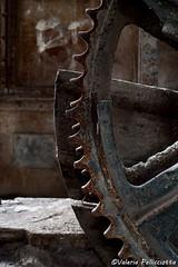 (Val_pe) Tags: engranaje maquinaria abandono óxido