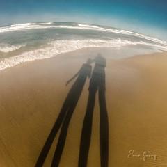 Beach # 1 - Brothers (Enio Godoy - www.picturecumlux.com.br) Tags: niksoftware viveza2221625457223 1x1 beach goprohero2 vacations portodasdunas beachpark journey street aquirazce streetart fortalezace streetphotography travel gopro