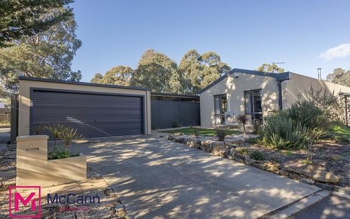 6 Martyn Close, Chisholm ACT