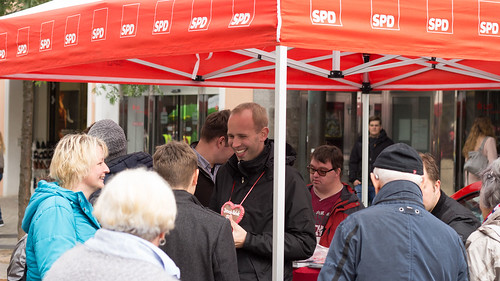Infostand am Lefferseck in der Oldenburger Innenstadt.