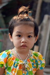 cute cherubic looking girl (the foreign photographer - ฝรั่งถ่) Tags: cute cherubic looking girl child khlong thanon portraits bangkhen bangkok thailand nikon d3200