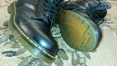 20161228_143535 (rugby#9) Tags: drmartens boots icon size 7 eyelets doc martens air wair airwair bouncing soles original hole lace docmartens dms cushion sole yellow stitching yellowstitching dr comfort cushioned wear feet dm 10hole black 1490 10 docs doctormartenboot indoor footwear shoe boot