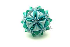 Regia (Akizhi) Tags: origami modularorigami kusudama paper art crafts folding ekaterina lukasheva