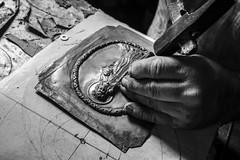 Devoti artigiani (Lorenzo Gatto - Photographer) Tags: artigiano devoti devot palermo streetart strada artedistrada processione religiosità sicilia sicily artigianato cesellatore antichimestieri