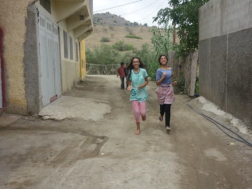 Des petites filles du villages