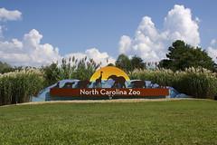 entrance to zoo (ucumari photography) Tags: ucumariphotography signage entrance nc north carolina zoo september 2017 dsc4864