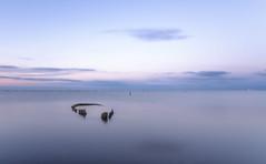 La barca. (Amparo Hervella) Tags: deltebre españa spain amanecer paisaje minimalismo color largaexposición barca d7000 nikon nikond7000 comunidadespañola