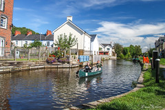 Gone paddling.. (Eiona R. [Busy over the Weekend]) Tags: brecon wales unitedkingdom gb monmouthandbreconcanal wfc