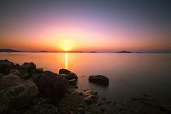 Longexposure time (Ömer Ünlü) Tags: longexposure lazyshutter exposure ndfilter nd10 nd nisi beach beautiful dawn sunset sunrise rocks life ocean lake night omerunlu