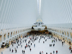 Into the Oculus labyrinth. (ho_hokus) Tags: 2017 fujix20 fujifilmx20 manhattan nyc newyorkcity path worldtradecenter architecture building design futuristic station labyrinth oculus