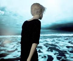 Just a mirage 🌊 (illusionwaltz) Tags: bjd doll illusionwaltz dollshe bernard abjd ocean blue