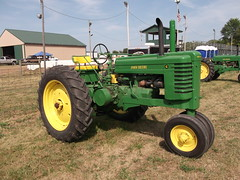 John Deere type G tractor (cjp02) Tags: old fashion days festival north salem hendricks county indiana labor day weekend annual