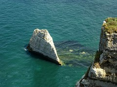 Fantastic rock formations at the cliffs of Etretat