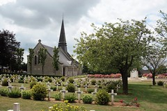 church sommes (van1o) Tags: sommes great war 1914 1918 worldwar1 cemetry church sanctuary picardie