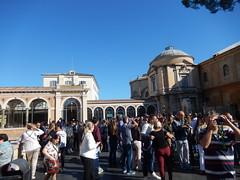 Vatican - Rom (World Spotter) Tags: vatican vatikan sixtinischekapelle petersdom petersplatz pope papst rom outdoor nikon nikon7000 sigma tamron car auto kirche