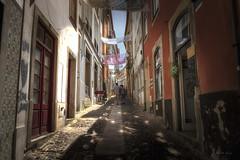 Calles de Coimbra. (Víctor.M.Chacón) Tags: xt2 víctormchacón coimbra portugal calles calle street fujifilm