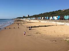 Morning! (Phil Gyford) Tags: seaside beach uk essex frintononsea