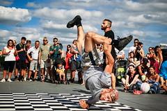 bd (bass_nroll) Tags: canon 5d mkii bordeaux france garonne perigord sky clouds summer dancer athlete breakdance performance lemiroirdeau street artist aquitaine