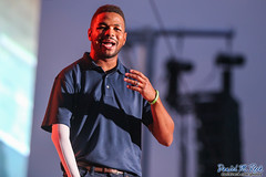 Inky Johnson Inpsires Scouts and Venturers (Daniel M. Reck) Tags: 2017nationalscoutjamboree 2017jambo attsummitstadium bsa boyscoutsofamerica dmrfeature dmrphoto date0722 glenjean inkyjohnson mounthope nsj nationalscoutjamboree sbr scouting summitbechtelreserve summitstadium westvirginia year2017 footballplayer speaking talking unitedstates