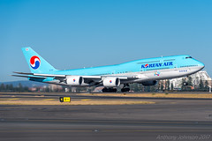 HL7631 Korean Air Boeing 747-8B5 34L SYD/YSSY 13/9/2017 (TonyJ86) Tags: kekal hl7631 koreanair boeing b748 747 7478i 7478 747800 7478b5 widebody quadjet aircraft aviation airliner airplane aeroplane plane passenger jet jetliner jetaircraft jetplane international departure takeoff rotate flight fly airport syd yssy sydneyairport sydneykingsfordsmith sydney nsw newsouthwales australia planespotting avporn aviationporn avgeek travel nikon d750 nikond750 vehicle outdoor nikkor70200mmf28vrii jumbojet jumbo queenoftheskies queen