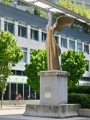 Nike on Thurlow Street (Mariko Ishikawa) Tags: canada britishcolumbia vancouver statue sculpture greek olympic