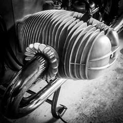 Flat Moi (Escala R) Tags: motocycle bmw r75