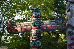 Open wings (Miradortigre) Tags: canada totem regional wood madera culture cultura