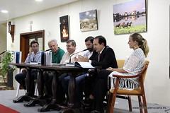 """Presentación del libro """"Más que caballos"""" de Manuel Acosta"""