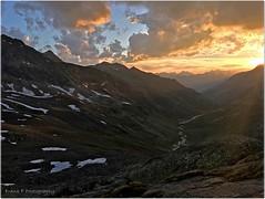 sundown in the alps (friedrichfrank1966) Tags: sun sonne licht clouds wolken weather wetter light sunset sundown valley alps sky blue austria canon burning sonnenuntergang mountains berge gebirge iphone s6