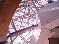 truss money (Dan Hogman) Tags: architect architecture art danhogman paris gehry louisvuitton truss girder structure beam steel glass glulam