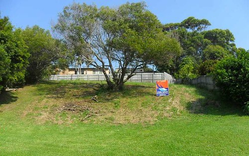 8 Affleck Cl, Forster NSW 2428