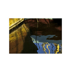 Marine reflections.  ( Tarragona ) (José Luis Cosme Giral) Tags: marinereflections water sea boat minimal marcoblanco minimalismo 1x1 3x2 canon powershot s100 tarragona cataluña