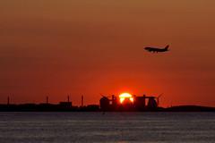 Arriving BOS (brian-f) Tags: sunrise bostonharbor castleisland deerisland bos logan bostonist