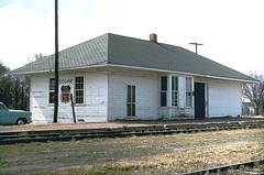 CB&Q Depot at Edgar, Nebraska (Chuck Zeiler) Tags: cbq depot station burlington railroad edgar alchione chz