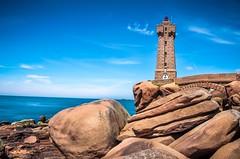 Phare de Ploumanac'h (einaz80) Tags: ploumanach phare lighthouse faro perros guirec perrosguirec cote granite granito granit rose granitrose pink rosa bretagne brittany bretagna france francia