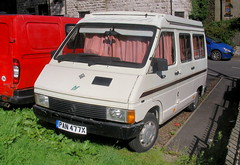 Renault Trafic T800 Autosleeper RV50  - 1982 (Lawrence Peregrine-Trousers) Tags: renault trafic mk1 autosleeper 14 1397 camper ffffffffff autoshite phase 1