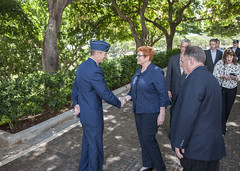 Australian Defence Minister Marise Payne Visits U.S. Pacific Command (#PACOM) Tags: pacom pacific command pacificcommand australia marisepayne ministerofdefense airforce general ceremony honolulu hawaii unitedstates us
