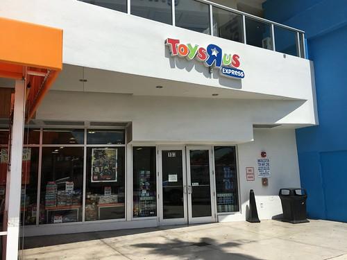 """Toys""""R""""Us Express Miami"""