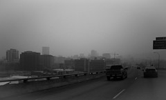 (_mo.foto_) Tags: city portland visibility highway freeway cars travel signs buildings summer haze wildfire smoke 2015 august