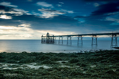 Fifty Shades of Blue (Luis Sousa Lobo) Tags: img8222 clevedon pier united kingdom canon 70d 2470 lee bigstopper england