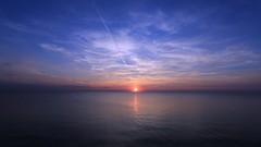 behind the horizon (Marcus Rahm) Tags: summer sunset summertime sun sonnenuntergang sommer sonne sea ostsee balticsea meer fischlanddarszingst fischland clouds c