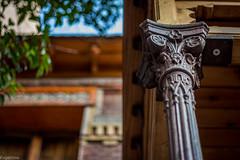 Antes... (Eugercios) Tags: madrid españa espanha europa europe spain arquitectura architecture arte art columna metal old detalle details brick pasado antiguo casa house home melancolico before