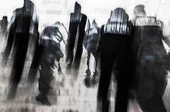 Abstract police intervention. (Chris, photographe de Nice (French Riviera)) Tags: photographiederue photographiecontemporaine contemporaryphotography contemporaryart streetphotography artgalleryandmuseums abstrait abstract abstraction abstractionfigurative police artmoderne modernart